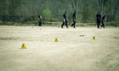 S-au descoperit peste 3.700 de fragmente osoase umane sub casa unui bărbat. Criminalul în serie ar avea cel puțin 17 victime