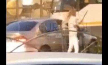 A fost reținută femeia cu macetă din BMW, implicată în agresiunea din trafic din în București. Bărbatul, plasat sub control judiciar