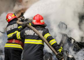 Explozie puternică într-o hală de reciclare din Popești Leordeni: 5 victime intubate, cu arsuri, ar putea fi transferate în străinătate