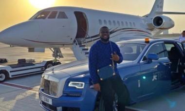 Influencerul Hushpuppi, acuzat că a furat milioane de dolari pentru a-și finanța stilul de viață luxos, riscă 20 de ani de închisoare