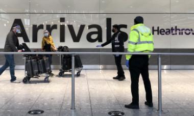 """Regulile de călătorie Covid din Marea Britanie provoacă indignare în întreaga lume. """"Este rasism, discriminare, xenofobie"""""""