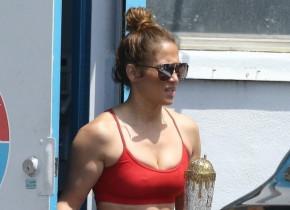 """""""Mai în formă ca niciodată"""": cum arată Jennifer Lopez la aproape 51 de ani. Dieta și sportul, secretele vedetei"""