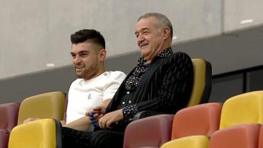 Cine este personajul misterios care a stat lângă Gigi Becali la meciul FCSB - Botoșani
