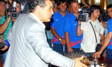 Scandal monstru la FCSB: Becali i-a făcut praf pe Coman, Tănase, Popescu, Miron și Bogdan Vintilă! Escapadă cu alcool