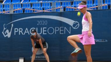 """""""Ai văzut-o pe asta?"""" Faza-zilei cu Irina Begu, care a stârnit hohote de râs, de la WTA Praga"""