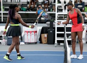 Duel în familie la Lexington! Serena Williams, victorie în a 31-a confruntare directă cu Venus