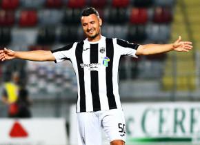 """""""Magicianul"""" Budescu face din nou furori după ultima provocare! De unde s-a gândit să dea gol"""
