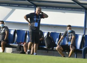 """Dan Petrescu, supărat că meciul CFR Cluj - Chindia nu a fost amânat: """"Voi schimba toată echipa"""""""