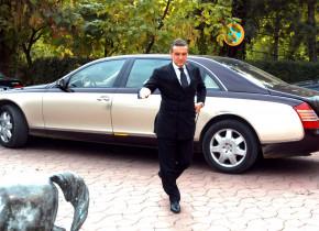 """Gigi Becali și-a înnoit parcul auto! Ce mașină """"și-a permis"""" după ce l-a vândut pe Man la Parma"""