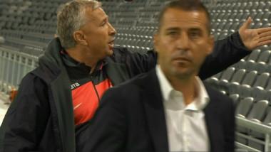 """Dan Petrescu face show la Stockholm: """"Spune-i, bă, că e penalty!"""" De ce s-a supărat """"Super Dan"""". VIDEO"""