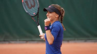 Ce performanță! O româncă aflată pe locul pe locul 142, marea surpriză de la Roland Garros