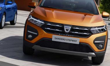 FOTO Noua Dacia a scăpat pe străzi: rămâi mut când vezi cum arată în realitate