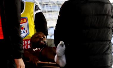 Veste groaznică pentru CFR Cluj! Ce a aflat Dan Petrescu despre accidentarea horror a lui Mike Cestor