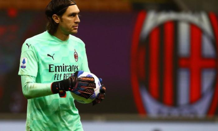 """Tatarusanu, pus la zid de fanii lui AC Milan! Italienii au rabufnit dupa gafa facuta de portarul roman: """"Sa-l vindeti"""""""