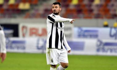 """Constantin Budescu, transfer total neașteptat! """"Vine la noi. Iubeşte clubul"""""""