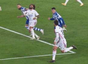 Marcelo, tras de păr de un adversar, arbitrul a lăsat jocul să continue! Cum și-a explicat centralul decizia