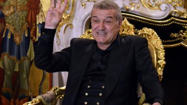 Gigi Becali dă lovitura în pandemie: ce avere are acum patronul de la FCSB și cum arată topul celor mai bogați români