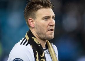 """Nicklas Bendtner, furios la adresa ziariștilor: """"Sper că sunteți mândri de voi!"""" Ce a pățit """"Lordul"""""""