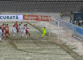 FC Argeș - FCSB 0-0, ACUM, la Digi Sport 1. Piteștenii, la egalitate cu roș-albaștrii în 2021, La Pitești ninge ca-n povești