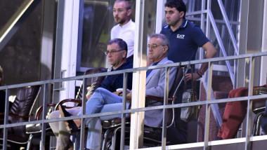 """Gigi Becali le-a """"găsit"""" șofer de lux jucătorilor de la FCSB, după cazurile Florinel Coman și """"mașina de pește"""""""