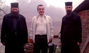"""Gigi Becali vrea să se retragă la mănăstire! Când poate deveni pustnic și cum a reacționat familia: """"Asta-mi doresc"""""""