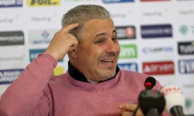 """Șumudică a primit ofertă de la Dinamo: """"Mă sună de o săptămână încontinuu că își doresc foarte mult să antrenez acolo"""""""