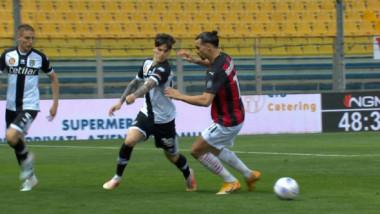 VIDEO Dennis Man l-a ridiculizat pe Zlatan Ibrahimovic, în Parma - AC Milan! Dribling superb reușit de român