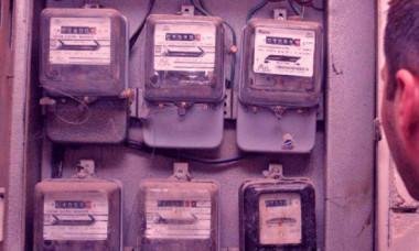 Facturi chiar și de trei ori mai mari: de ce românii riscă să plătească enorm pentru curentul electric