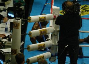 """La 58 de ani, Evander Holyfield se bate cu cel care """"i-a stins lumina"""" lui Mike Tyson"""