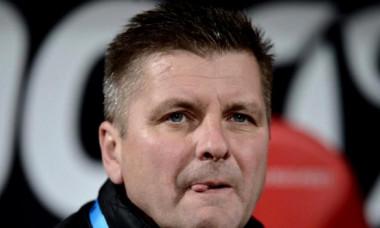 Dinamo, super-transfer! Vine un fundaș care a impresionat în Olanda! Cui vrea Dusan Uhrin să-i ofere un contract