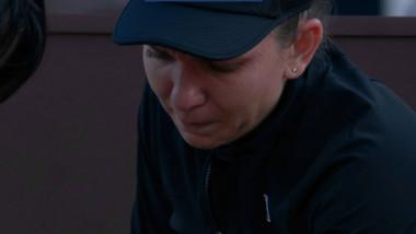 Imagini dureroase la Roma. Simona Halep, în lacrimi după o accidentare venită din senin. Kerber, gest superb de fair-play