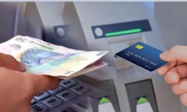 Dispar instant banii din contul bancar: cum îți speculează hackerii activitatea ca să-ți ia tot ce ai