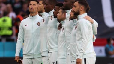 FOTO Motivul pentru care Cristiano Ronaldo nu stă în rând cu coechipierii săi la imnul Portugaliei