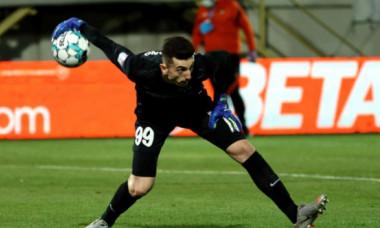 De ce nu a vrut, de fapt, Andrei Vlad să plece de la FCSB la Universitatea Craiova! Totul se rezumă la bani