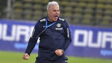 """VIDEO Șumudică s-a dezlănțuit în direct: """"Petrescu să închidă gurița! Nu el a câștigat cele 4 campionate"""""""