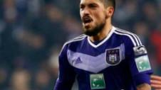 Stanciu nu se mai antrenează cu Anderlecht. Belgienii nu vor să rişte o accidentare înainte de transfer