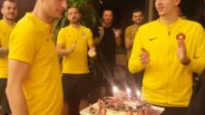 Continuă petrecerile în cantonamentul FCSB-ului. Larie a fost sărbătoritul zilei