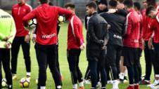 """Varianta blatului la amicalul lui Dinamo, negată vehement: """"Aris a jucat cu echipa a treia, trebuia să fie 10-0"""""""