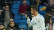 Ronaldo, plin de sânge! Reacţia memorabilă când şi-a văzut faţa pe un telefon mobil