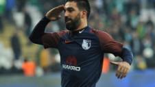 Arda Turan, primul gol la revenirea în Turcia. Stancu şi Grozav i-au admirat reuşita de pe teren