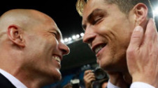 """Zidane ar fi negociat cu PSG. """"E antrenorul ideal"""""""