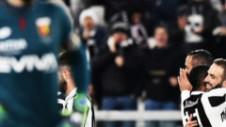 """Juventus - Genoa 1-0! """"Bătrâna Doamnă"""" se menţine la un punct de Napoli"""