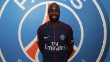 OFICIAL: PSG l-a transferat pe Lassana Diarra, fotbalist care a jucat doar 5 meciuri anul trecut