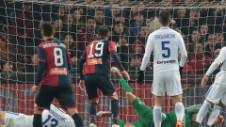 Genoa - Inter 2-0. Autogol de generic al formației milanze, cu Ranocchia și Skriniar în prim plan