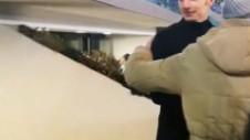 Ştefan Radu e idol pe Olimpico. Fundaşul român, asaltat de fanii care doreau o fotografie cu el