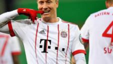 """Bayern Munchen se teme că îşi pierde vedeta. Lewandowski, oferte de la """"greii"""" din Premier League"""