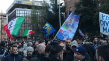 Sute de fani ai lui Lazio au protestat în faţa federaţiei italiene. Ce i-a nemulţumit pe tifosi