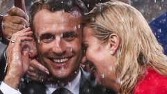Cum a reacționat Brigitte Macron când a văzut desele îmbrățișări dintre soțul ei și președinta Croației