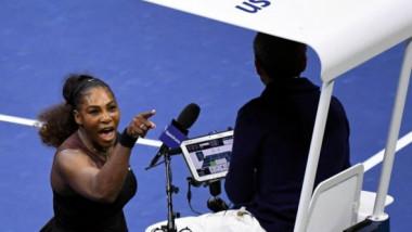 """Carlos Ramos a """"lovit"""" din nou. Arbitrul care a înfuriat-o pe Serena la US Open, decizie controversată în semifinale, la Melbourne"""
