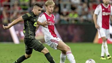Transferul carierei pentru Răzvan Marin! Olandezii anunţă că mijlocaşul român merge la Ajax, în locul lui De Jong